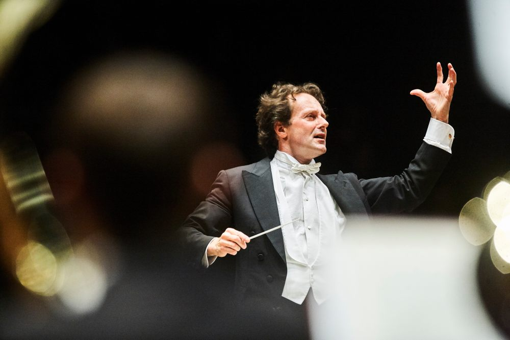MASSIMILIANO CALDI, conductor.jpg